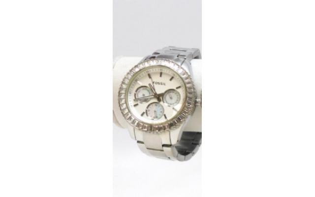Lot #78 Fossil Women's Icy Bezel Designer Watch - 2/3