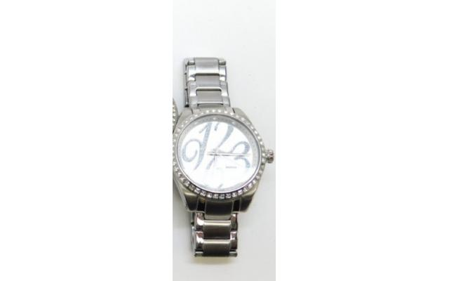 Lot #81 Fossil Women's Icy Bezel Designer Big Numbers Face Watch - 2/2