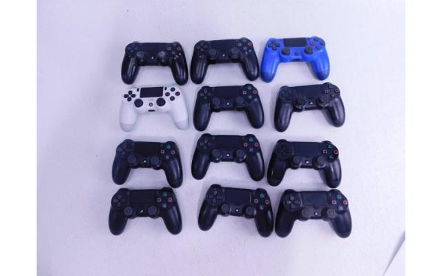 Lot #85 12 Controllers for Playstation 4 PS4 - 1/3