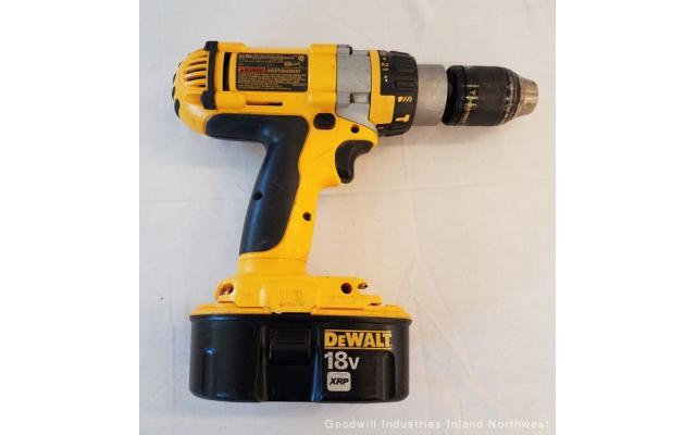 Lot #89 DeWALT 18V XRP Drill Recharger Drill - 3/6