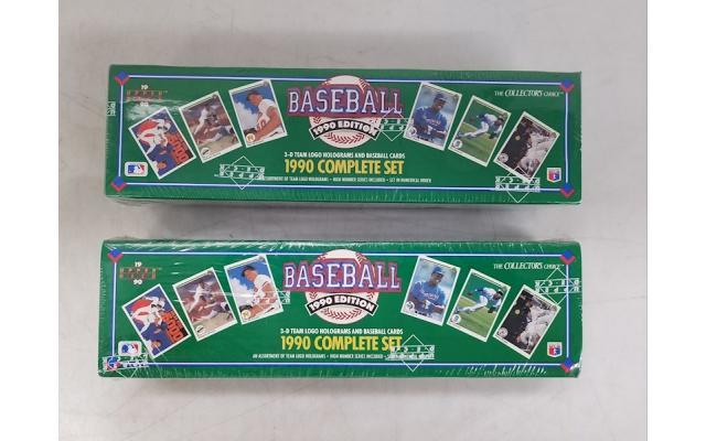 Lot #92 Lot of 2 Baseball cards 1990 Complete set - 1/2