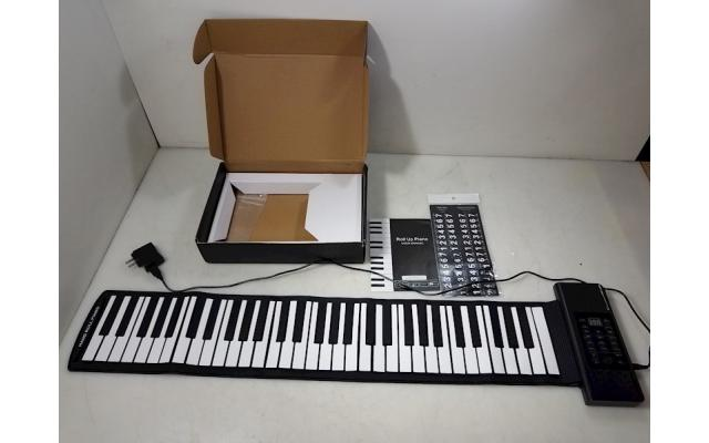 Lot #93 Silicon Roll Up Piano USB Power - 1/6