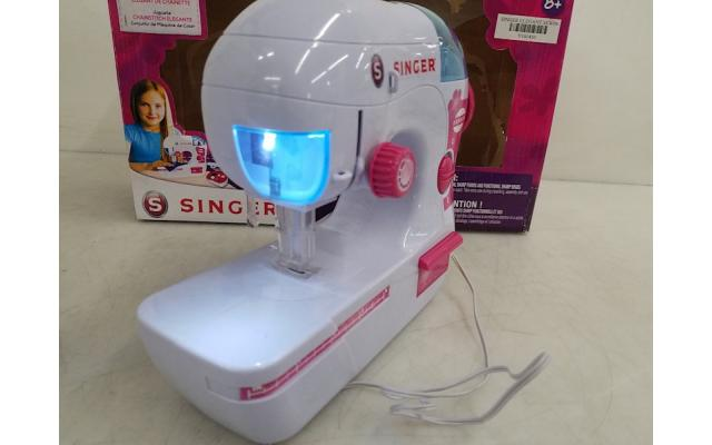 Lot #94 Singer Sewing Machine For Kids A2224 - 5/6